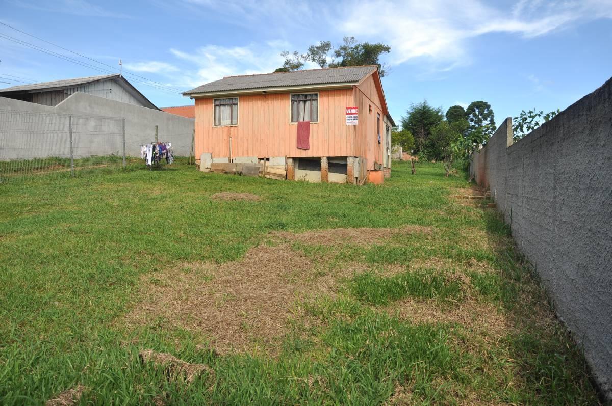 Terreno  totalizando 910 m2, localizado na vila São Tiago na região de Piraquara