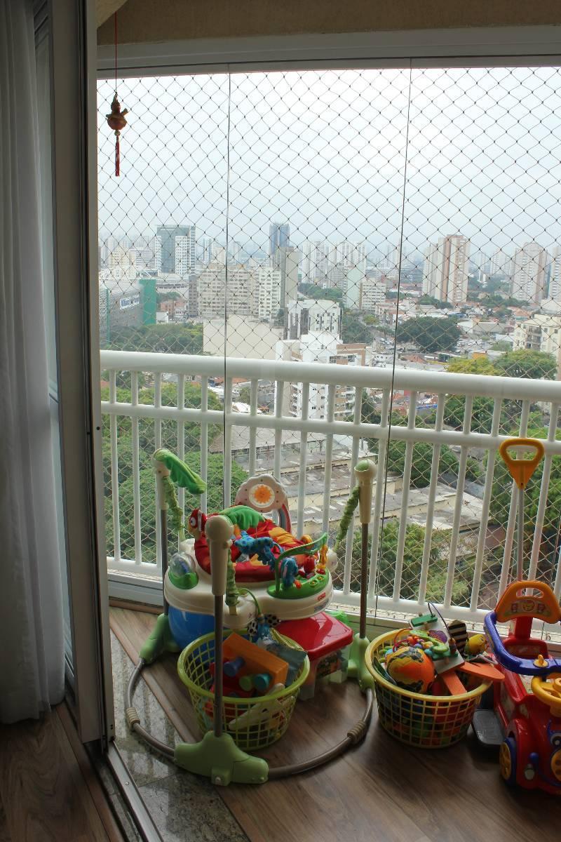 Charmoso apartamento em andar alto com linda vista!