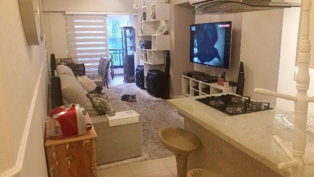Apartamento com 03Dormitórios/01Suíte, no Plaza de Mônaco, bairro Trindade.