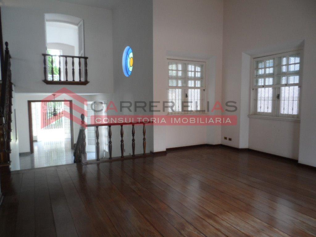 Lindíssima casa disponível para locação na Vila Madalena