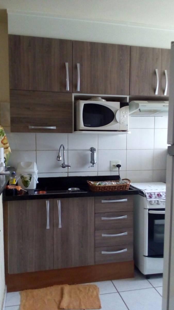 apartamento com churrasqueira em condomínio fechado
