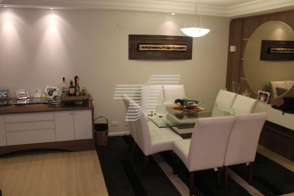 Apartamento mobiliado 3 dorm 1 suíte 2 vagas 84m² priv 100m² total Bigorrilho