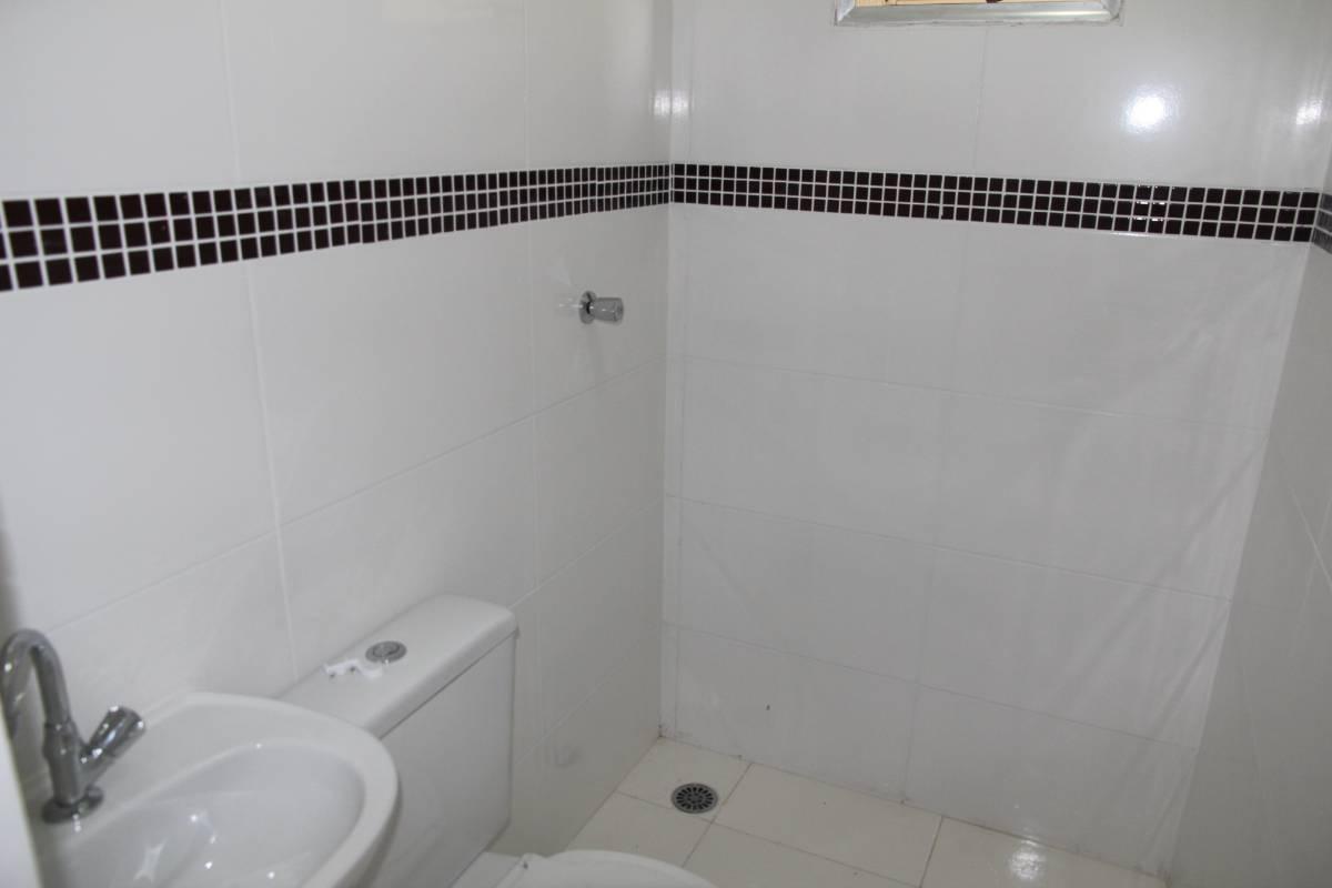 Casa de Condomínio -  1 DORM - IPIRANGA - Vila Monumento