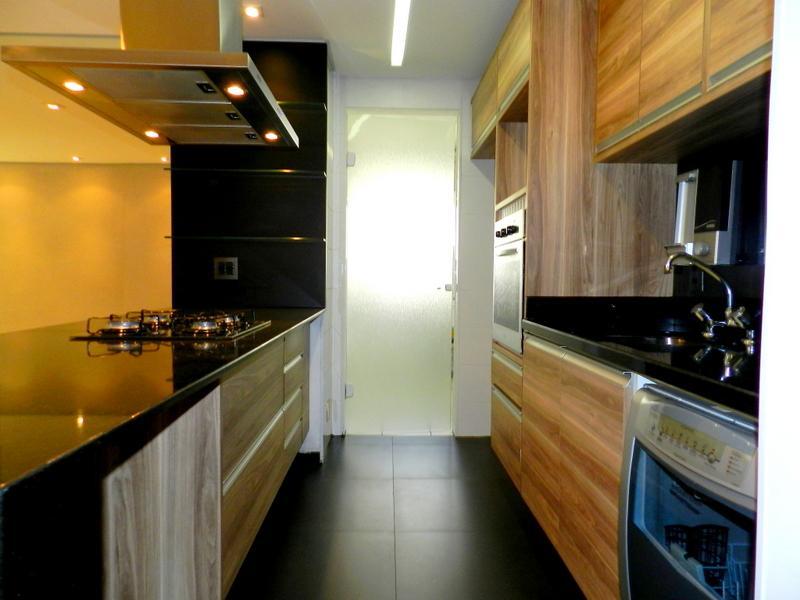 Apartamento na Água Branca - 2 quartos, 1 suíte, 2 vagas, 77 metros. Lindos