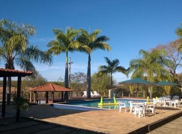Rural de 12 quartos, Felixlândia