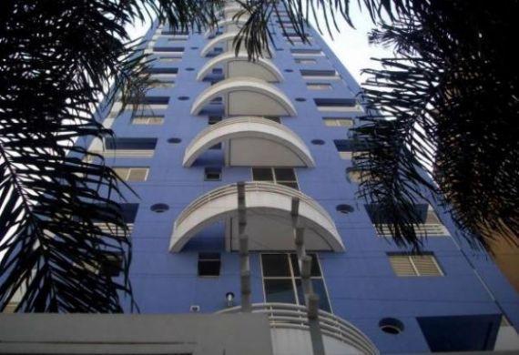 Flat a venda Duplex Life Moema 1 dormitório com cozinha e lavanderia.