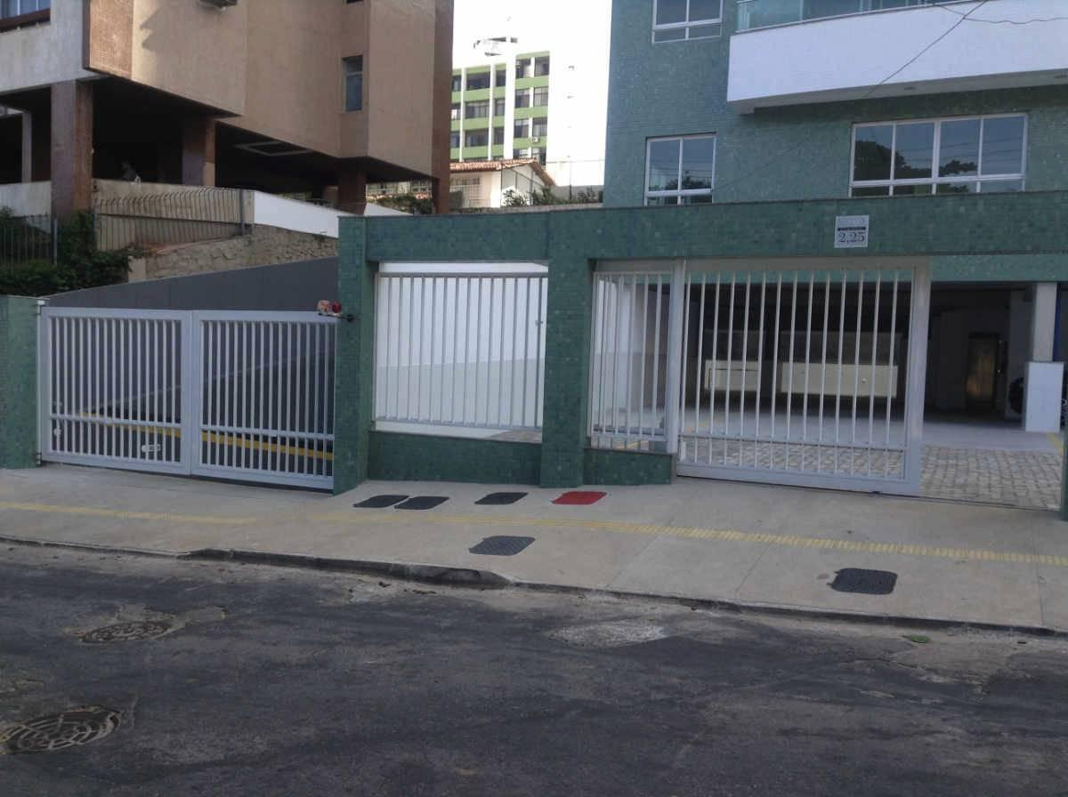 Jardim Apipema: apartamento com 98m² 3/4 1 suíte, 2 Vagas.