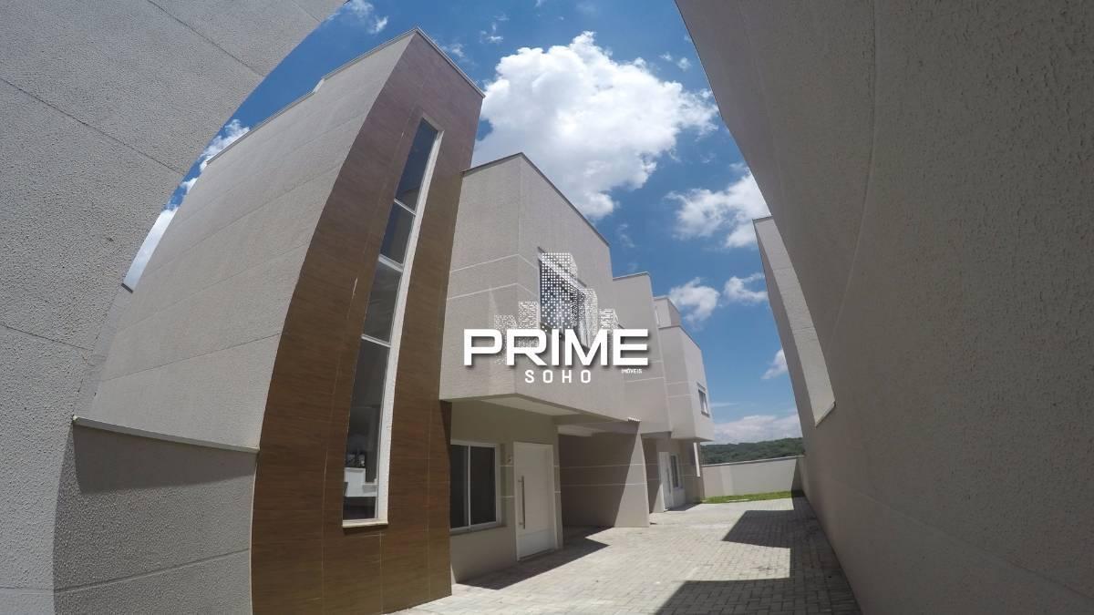 Sobrado Triplex em condomínio de Alto Padrão no Pilarzinho