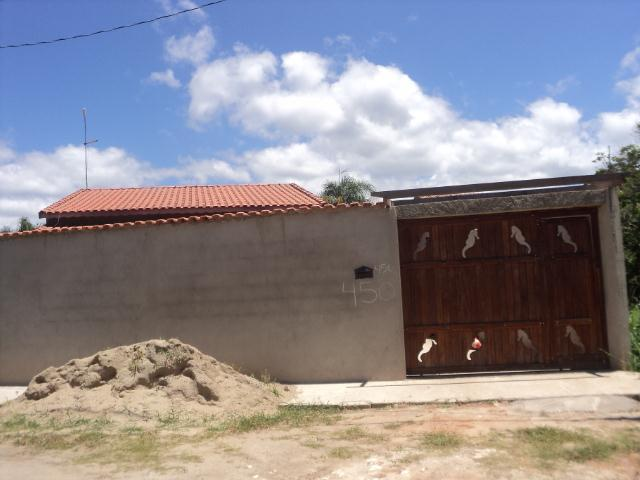 Excelente casa, lado praia, 02 Dormitórios, em Itanhaém/SP