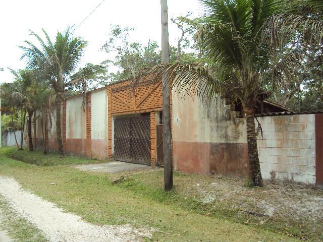 Chácara excelente, 3 dormitórios, 1,5 km da rodovia, em Itanhaém/SP