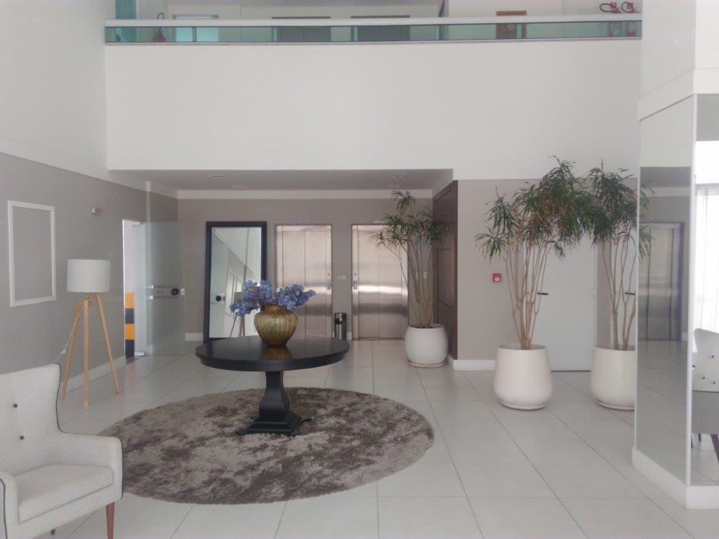 Apartamento 2/4 no Itaigara, Novo, com 2 vagas, pastilhado, lazer completa