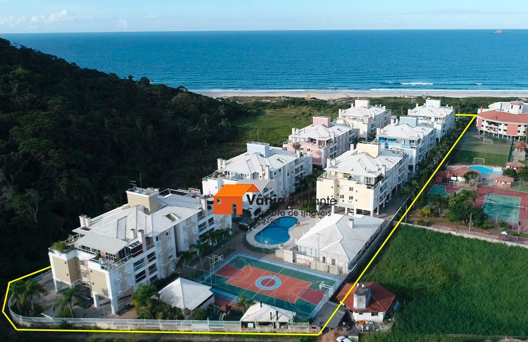Apto no Villa Giardino á 10m da praia no Costão das Gaivotas em Ingleses