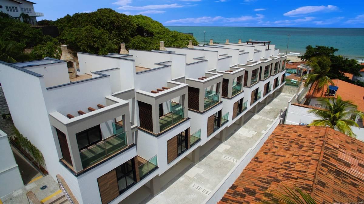 Residencial Villaggio Venezia - Casas Triplex na Praia de Pirangi