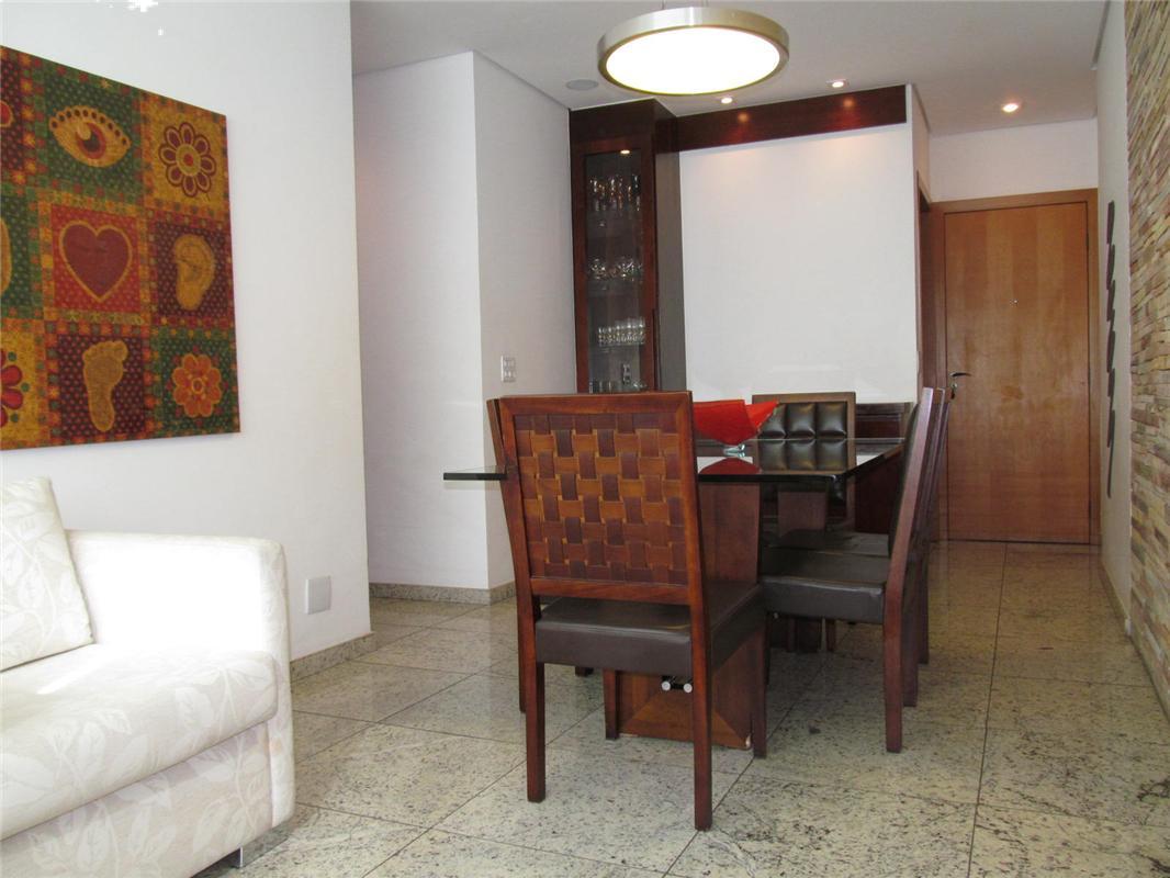 Apartamento à venda - em Barro Preto