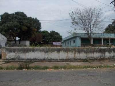 Terreno à venda - no Centro