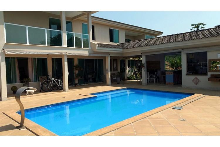 Casa à venda - na Vila do Ouro