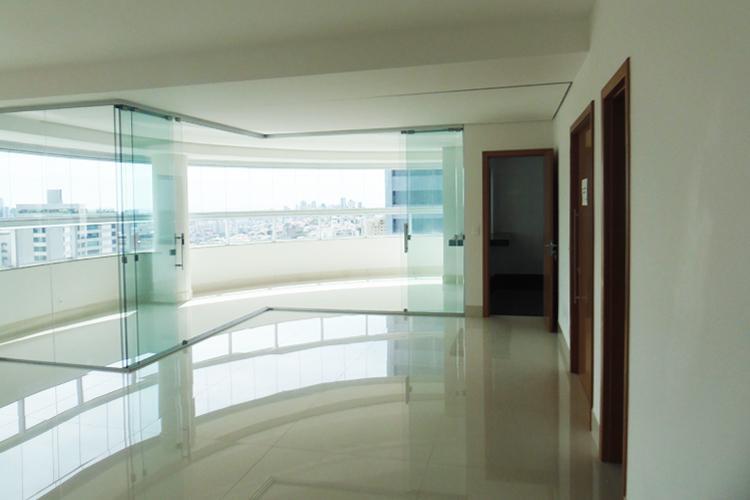 Apartamento à venda - em Santa Lúcia