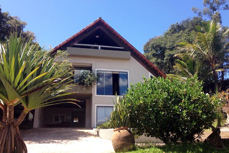 Casa à venda - no Centro