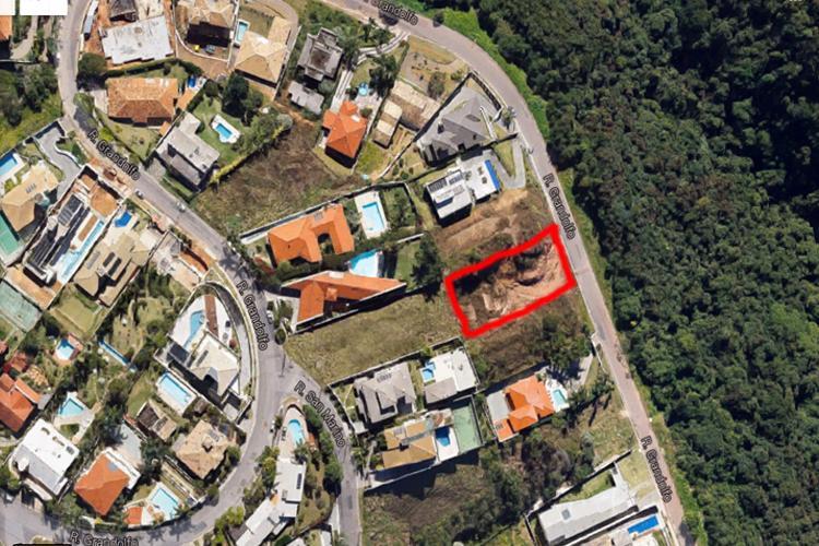 Terreno à venda - na Vila Castela