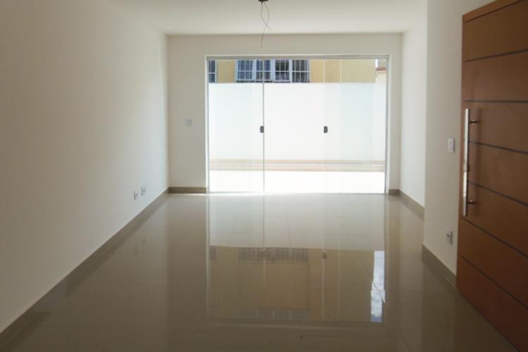 Apartamento à venda - em Colégio Batista