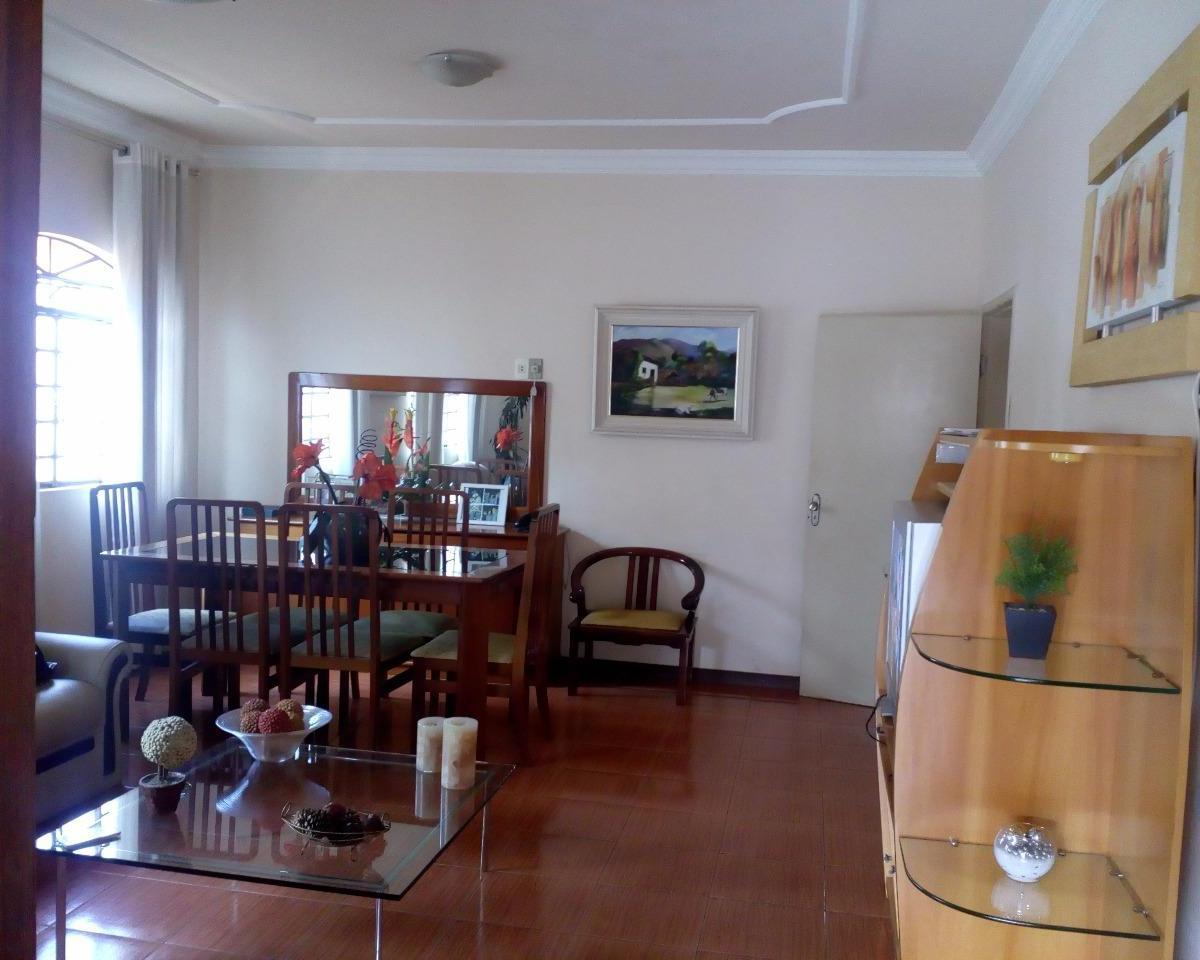 Casa à venda - em Etelvina Carneiro