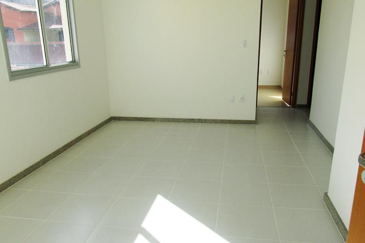 Apartamento à venda - em Ana Lúcia