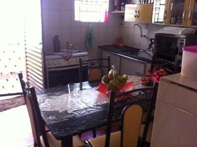 Casa à venda - em Minaslândia (P Maio)