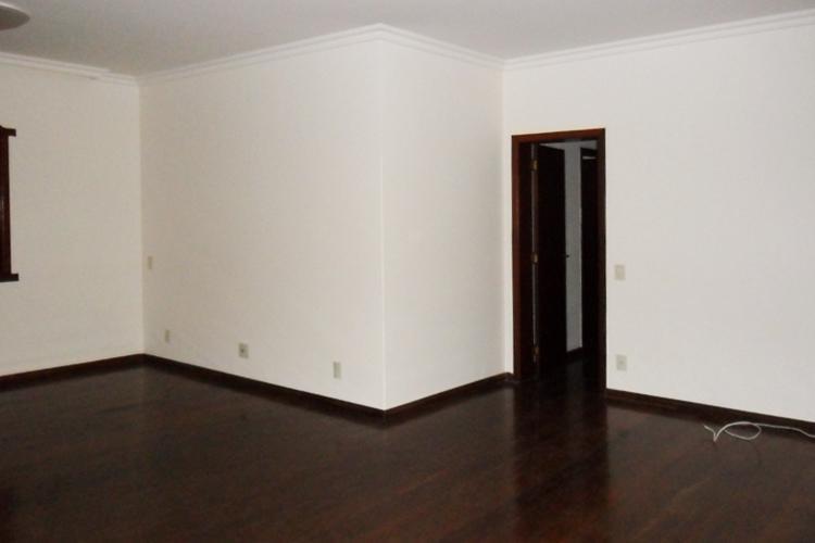 Casa à venda - em Santa Mônica