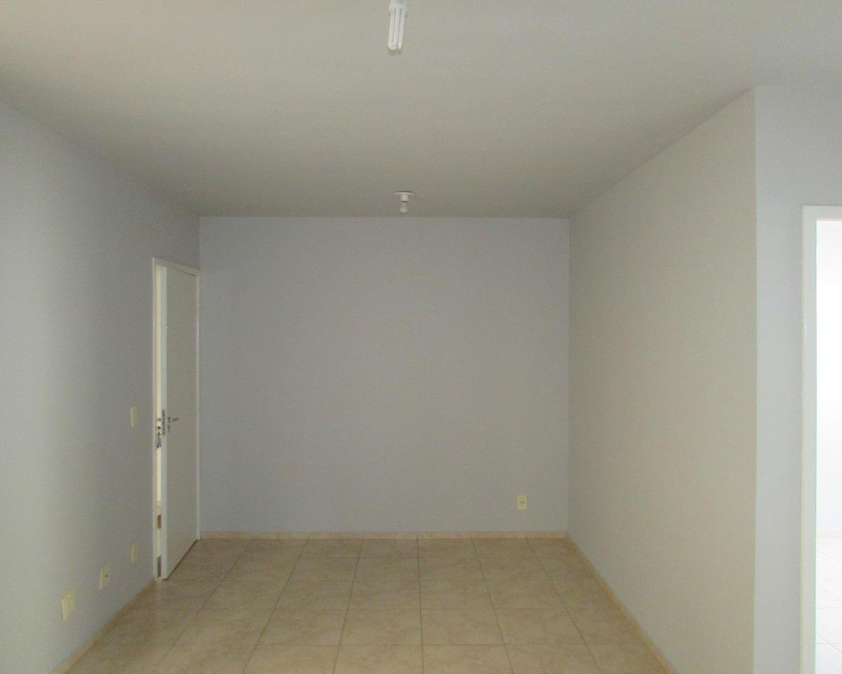 Apartamento para aluguel - em São Tomáz