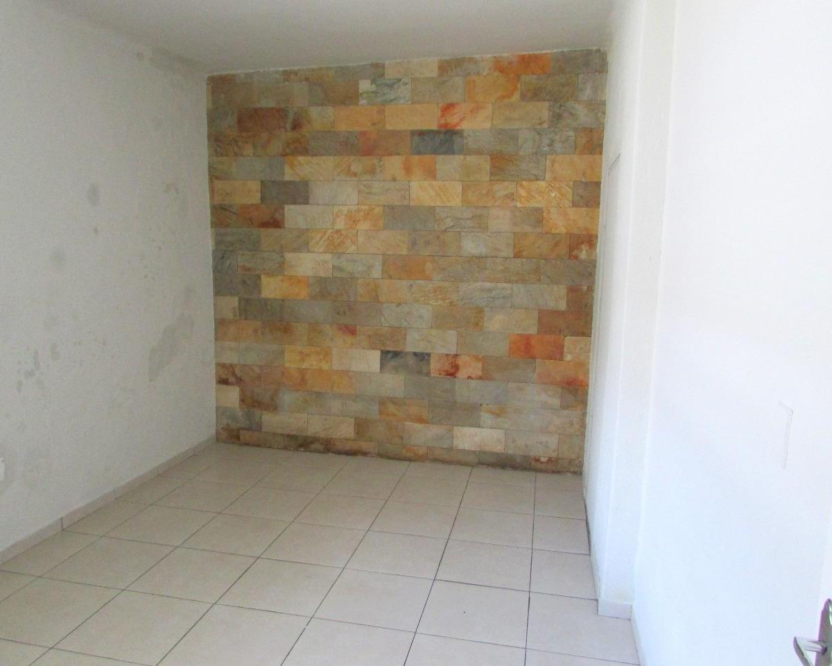 Comercial para aluguel - na Sagrada Família