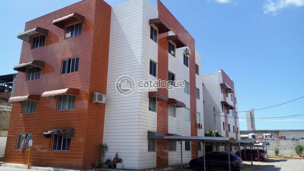 Excelente Apartamento Próximo a Av. Bernardo Vieira e Coronel Estevam