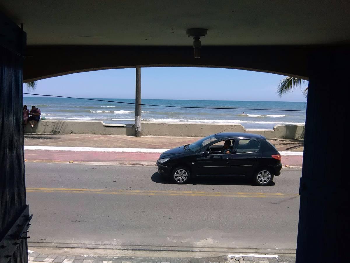 Casa 4 dorms 1 suite 4 vagas de garagem c 1 Edicula de frente para o mar