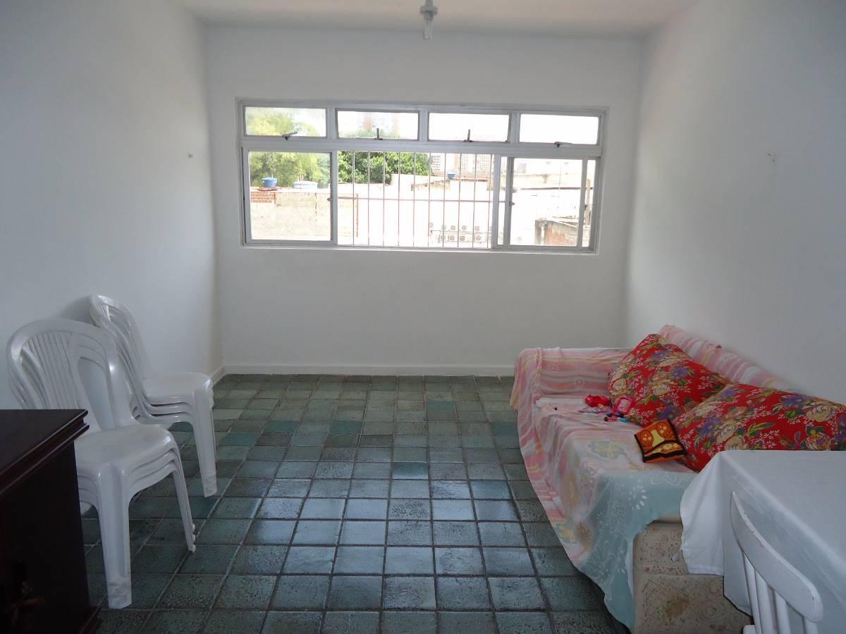 Apartamento com 3 Quartos Bem Localizado Na Conde Boa Vista