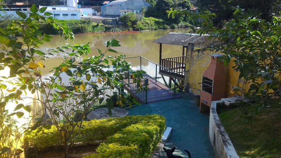 Sobrado a beira do rio Paraíba