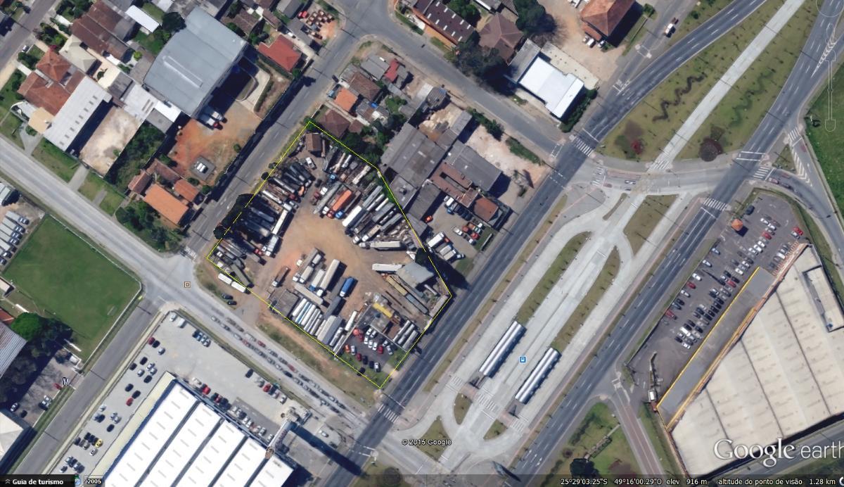 Terreno de 8.200m² com excelente localização na Linha Verde