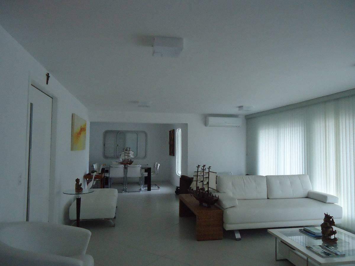 Apartamento duplex reformado mobiliado 3 dorm 1 suíte vista Praia Pitangueiras