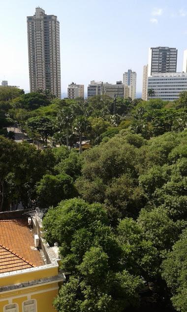 Apartamento 3/4 Campo Grande Com Varandas e  Excelente Localização !