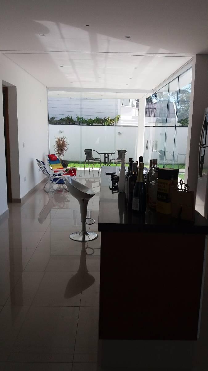 Casa de esquina com 4 dorms e piscina no Mosaico da Serra