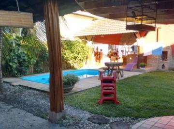 excelente-loja-comercial-e-casa-com-piscina-no-centro-da-cidade-FAB0015-1436292100-1.jpg