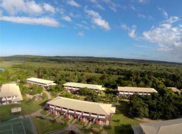Apartamento à venda - na Praia do Forte