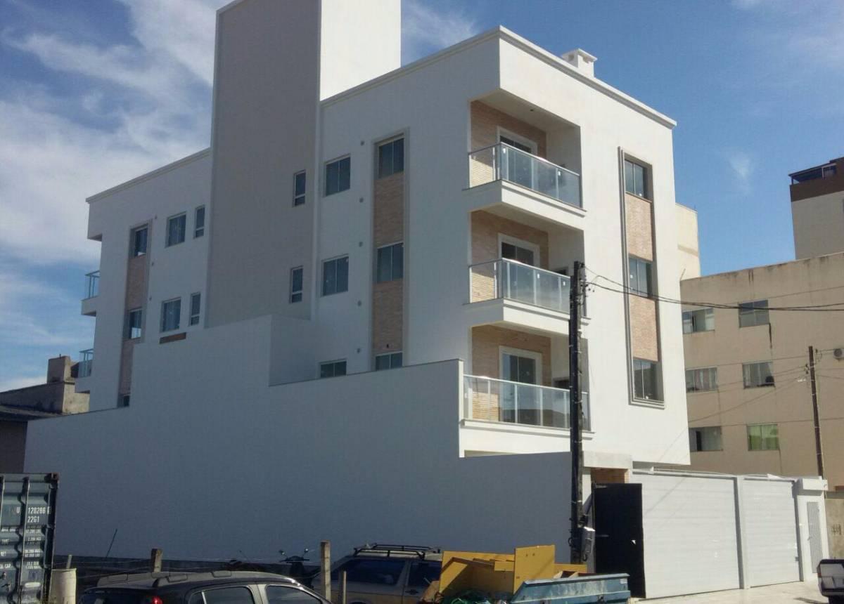 Apartamento com 2 quartos e fino acabamento no bairro Santa Regina em Camboriú