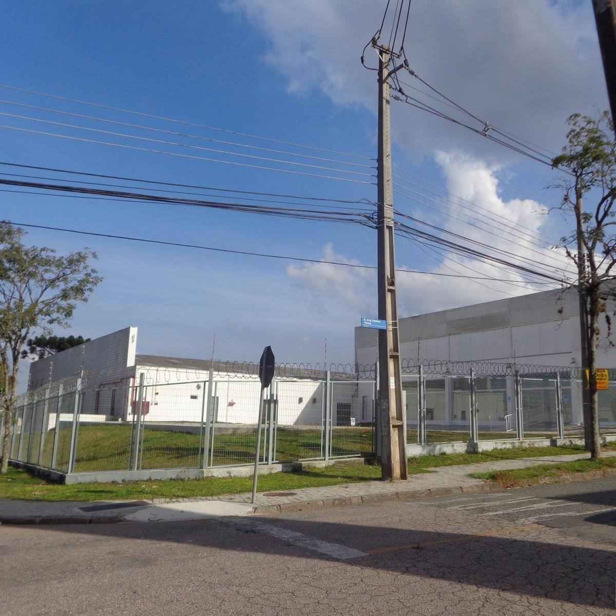 http://www.infocenterhost2.com.br/crm/fotosimovel/230033/81327229-barracao-galpao-curitiba-parolin.jpg