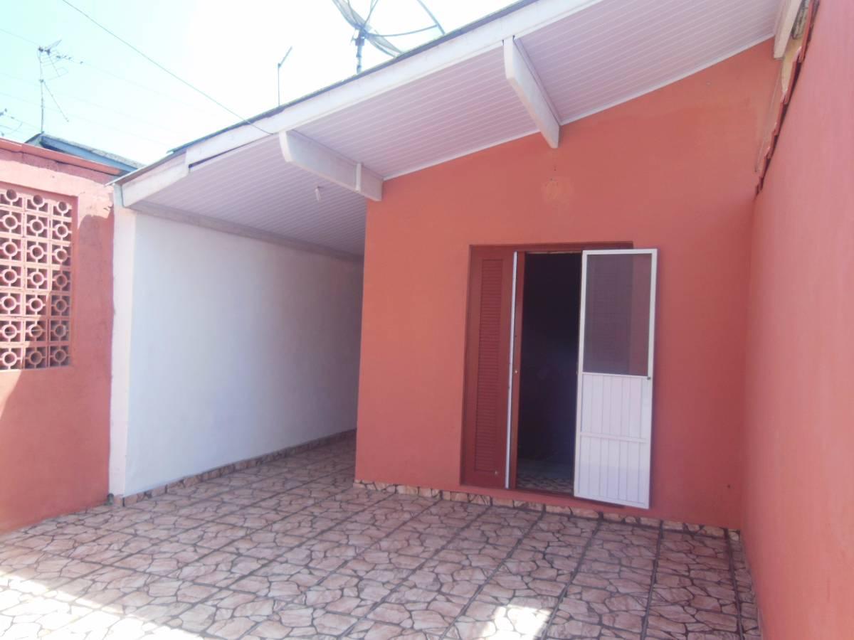 Linda casa pertinho do centro do suarão - Suarão - Itanhaem