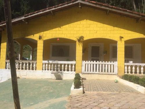 Ótima chácara, 4 dormitórios, em Miracatu/SP