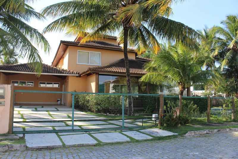 Casa em Busca Vida, 3 suítes, porteira fechada