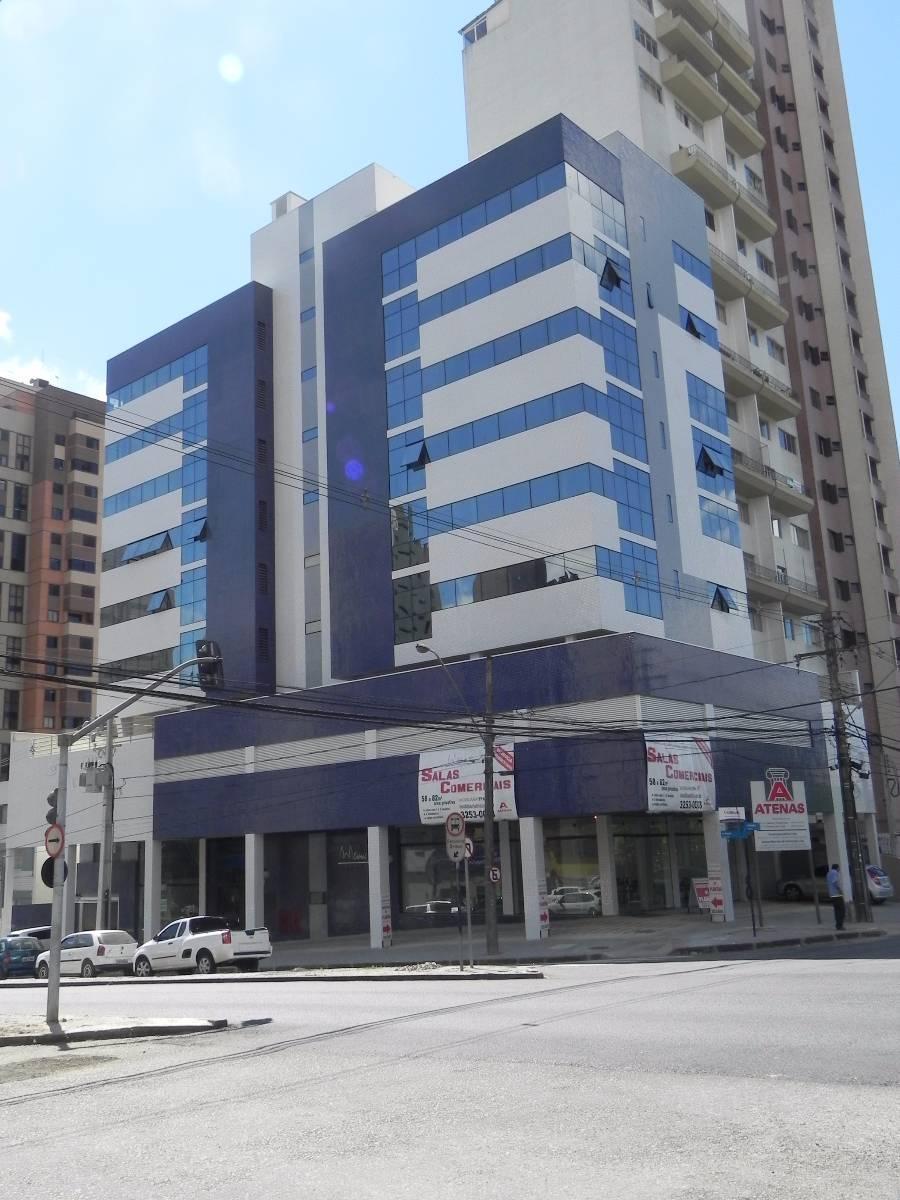 Sala comercial para locação no Cabral