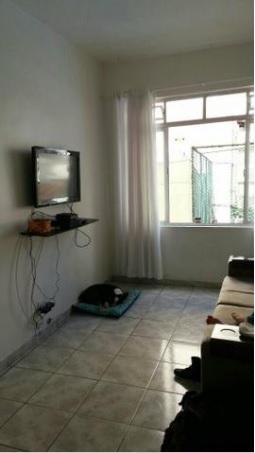 Apartamento com 02Dormitórios, Rua Arno Hoeschel, 105, Centro de Floripa.