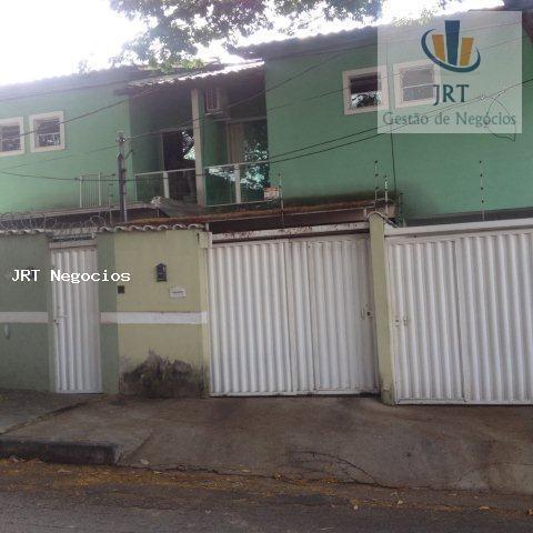 Casa geminada com entrada independente, duas suítes no Santa Amelia - BH.