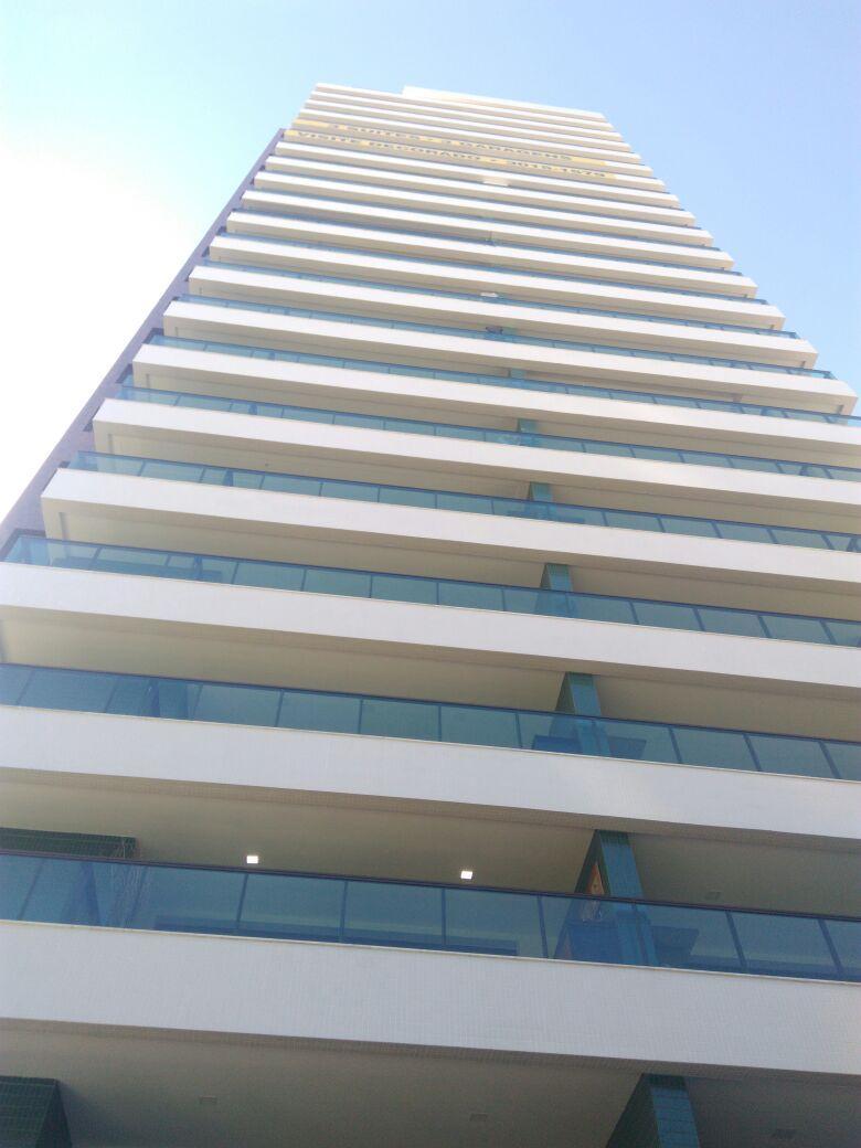 Apartamento no Caminho das Árvores 122m² 3 suítes, 3 Vagas e Varanda Gourmet.