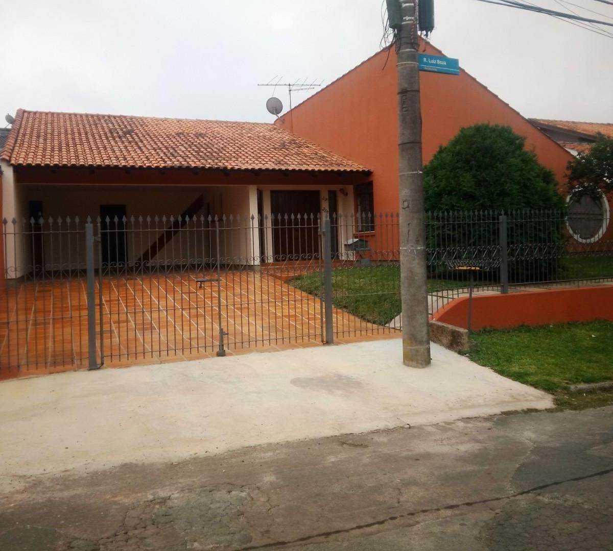 Casa à venda - em Butiatuvinha